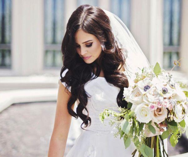 How to make your hair grow faster for long wedding hair Image: Instagram/sunnydays_photography #weddinghair