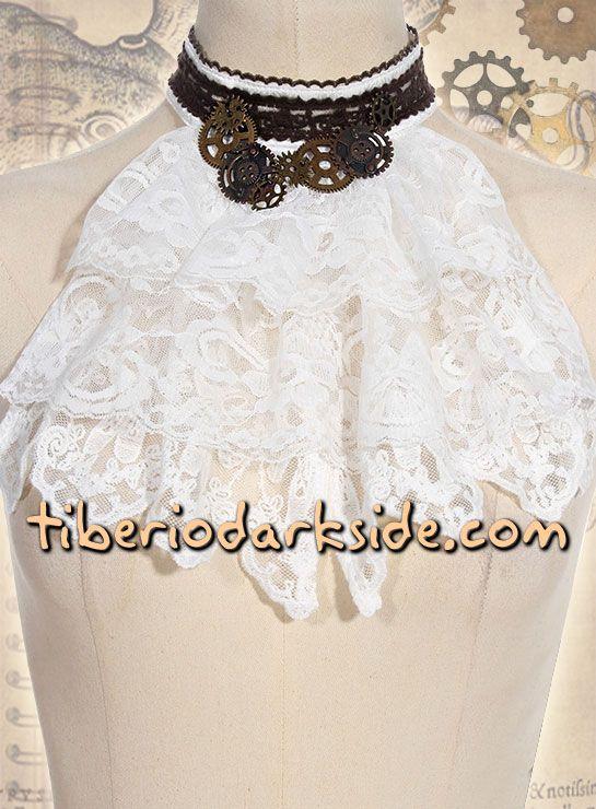Cuello steampunk con engranajes y chorrera de encaje blanco. Aporta un toque de época victoriana a tus camisas y trajes. Marca: RQ-BL Red Queen's Black Legion.  COLOR: BLANCO TALLA: ÚNICA