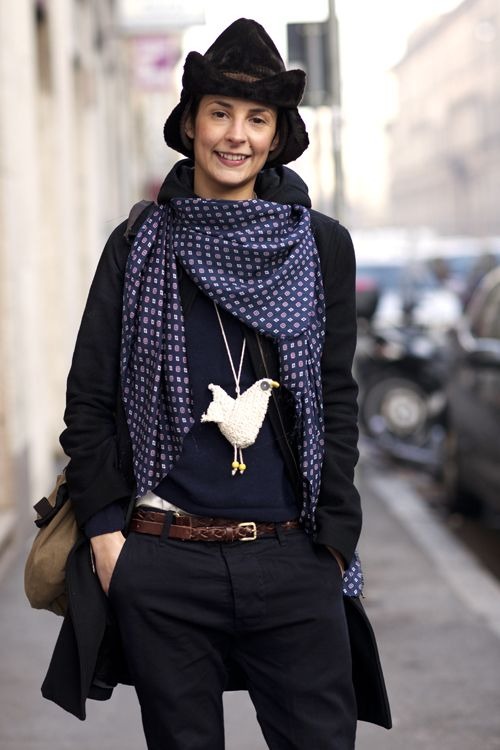 necklace: Hats, Crochet Necklaces, Chicken Necklaces, Thesartorialist, Clothing Altered, Birds Necklaces, Street Styles, The Sartorialist, Fashion Styl