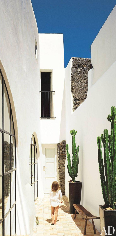 Salina, Sicily barefootstyling.com