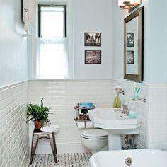 Mid-Century Bathroom Inspirations to try now  www.essentialhome.eu/blog   #midcentury #architecture #interiordesign #homedecor #scandinavian