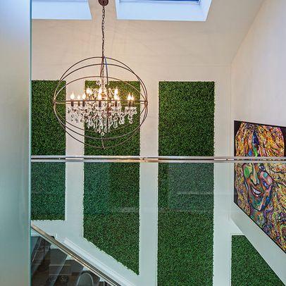Fresh, modern, minimalist look with Ranka Lasting Greenery