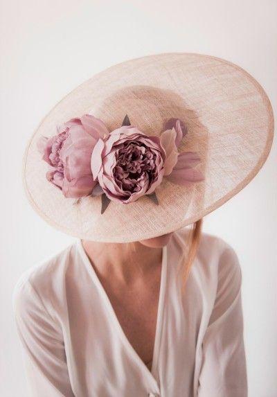 rosa cuarzo para invitadas de boda