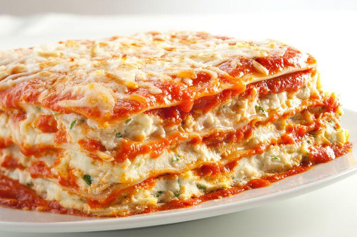 authentic italian lasagna  http://www.vigoandalessirecipes.com/index.php?recipe=Authentic_Sicilian_Lasagne=8