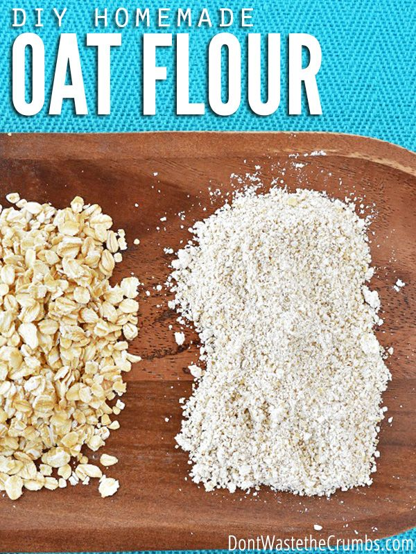 Using just a blender and oatmeal, easily prepare your own delicious, homemade oat flour in just a few minutes! ::dontwastethecrumbs.com
