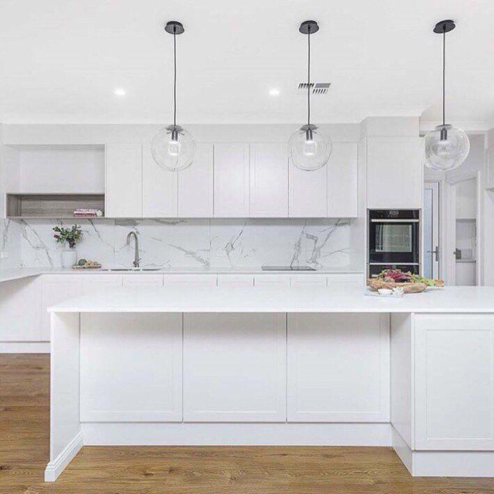 Amber Tiles Kellyville Kitchen Inspiration Looking For A Kitchen Splash Back Large Format T Kitchen Inspirations Top Kitchen Trends White Kitchen Splashback