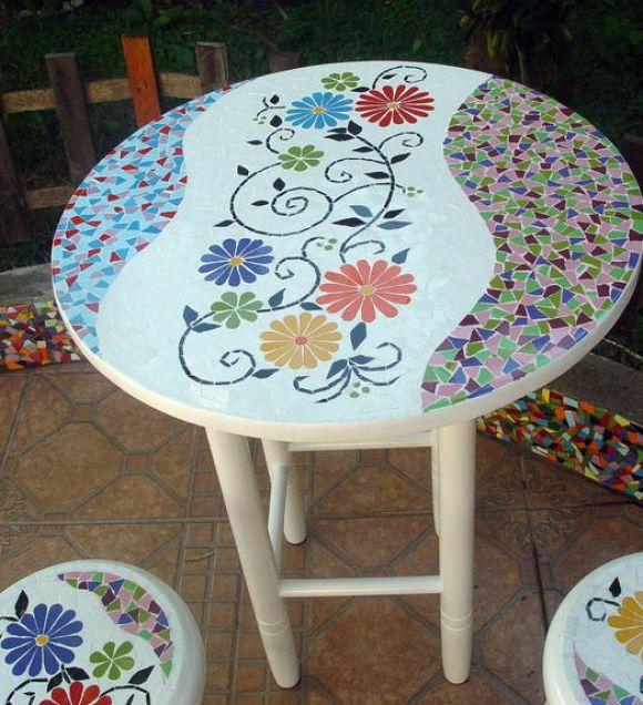 mesa mosaico com azulejos, amo artesanato!