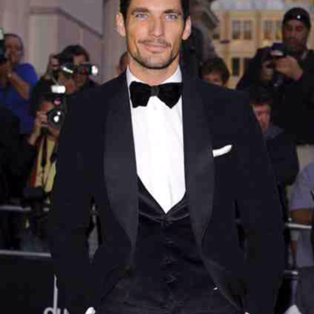 Dolce & Gabbana midnight blue velvet suit for the groom