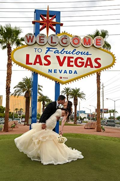 84 best las vegas themed weddings images on pinterest for Affordable vegas weddings