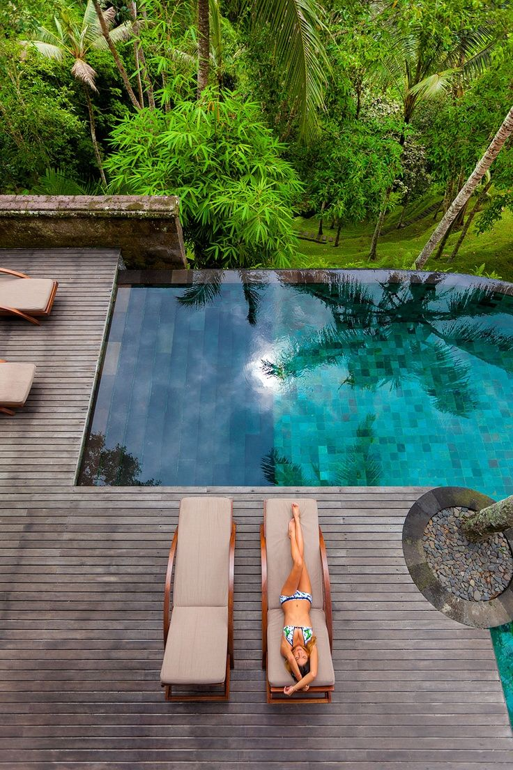 Swimming pools should always be in proportion with the space. Small pools are generally seem as better Feng Shui.