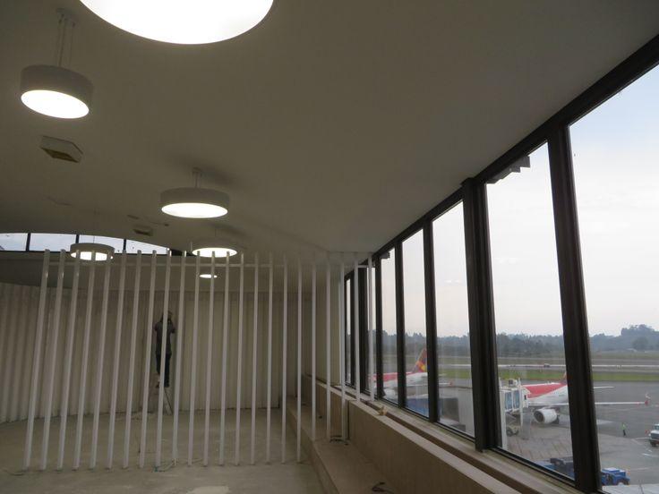 Instalamos cielos rasos en #drywall.  #Aeropuerto José María Córdoba
