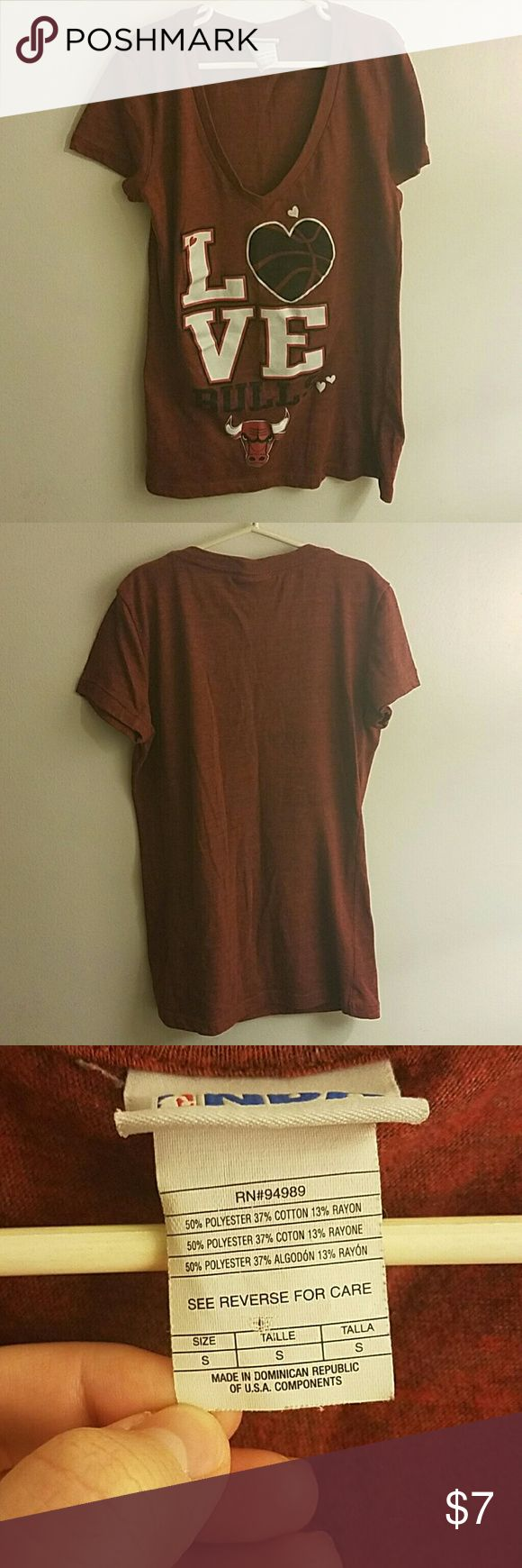 NBA Bulls vneck NBA L?ve Bulls vneck. Size small. In used condition with a lot of life left. Tops Tees - Short Sleeve