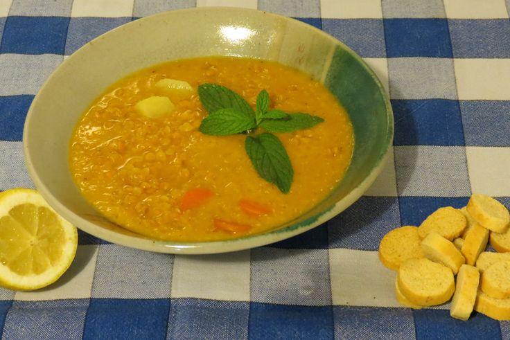 Ezogelin çorbasi (zuppa di lenticchie): ricetta turca. http://www.onegirlinthekitchen.com/2013/01/zuppa-turca-di-lenticchie-rosse.html