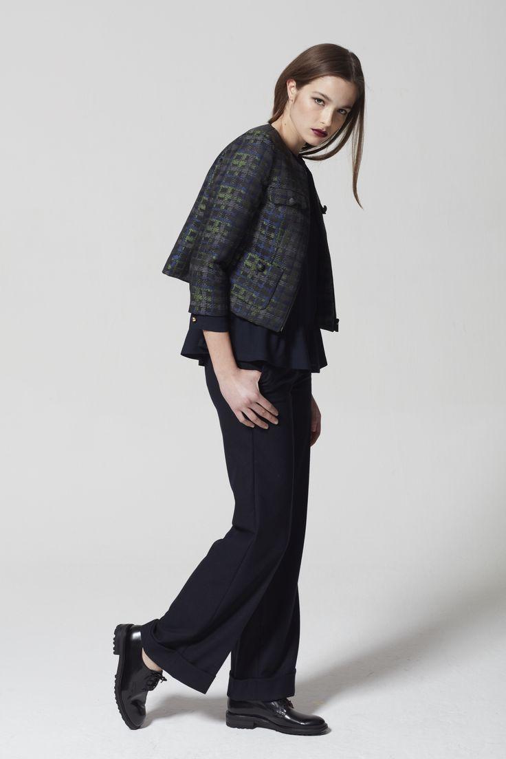 32 besten damen business mode bilder auf pinterest blazer farben und fr hjahr sommer. Black Bedroom Furniture Sets. Home Design Ideas