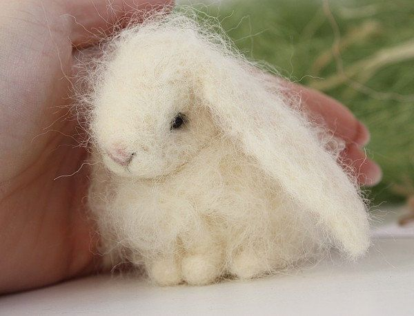 Zomee Needle Felted Easter Bunny van Agafil op Etsy