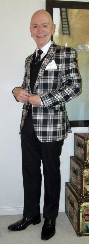 Tallia Orange blazer, Mexx waistcoat, Tommy Hilfiger shirt, Original Penguin tie, Alexander Julian trousers, Ron White patent leather loafers… #TalliaOrange #Mexx #TommyHilfiger #OriginalPenguin #AlexanderJulian #RonWhiteShoes #loafers #Toronto #wiwt #sartorial #sartorialsplendour #sprezzatura #menswear #mensweardaily #menstyle #mensfashion #menshoes #style #fashion #shoes #dandy #dandystyle #dapper #dapperstyle #suits #meninsuits #fall2017 #f/w16/17