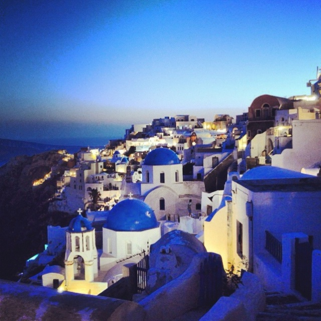 Oia | Santorini | Honeymoon Photography by erhan Boz Photography | http://www.erhanboz.com/oia-santorini/