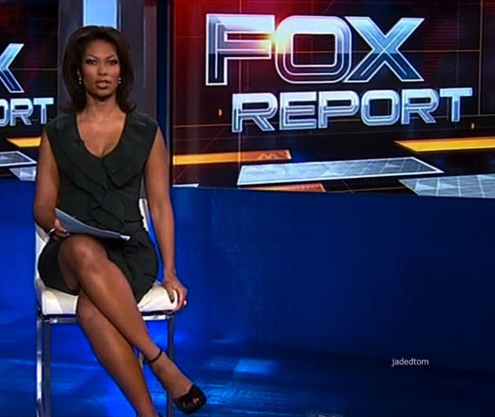 Anchor sexy woman news