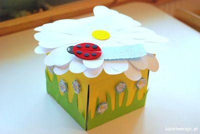 Pudełko,które kryje w sobie wiele piękna! Idealny prezent dla mamy! :)