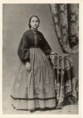 Mary Jane Patterson is considered to be the first African American woman to receive a B.A. degree when she graduated from Oberlin College in 1862...: Jane Patterson, Bachelor Degree, Oberlin Colleges, Africans American, Black Woman, Mary Jane, Black History, Icons Woman, Black Girls
