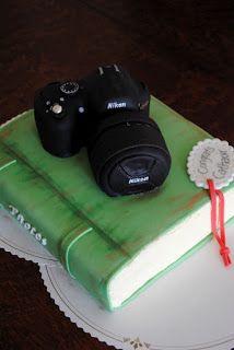 Homemade by MI: Kamerakakku valokuva-albumilla / Camera Cake with ...