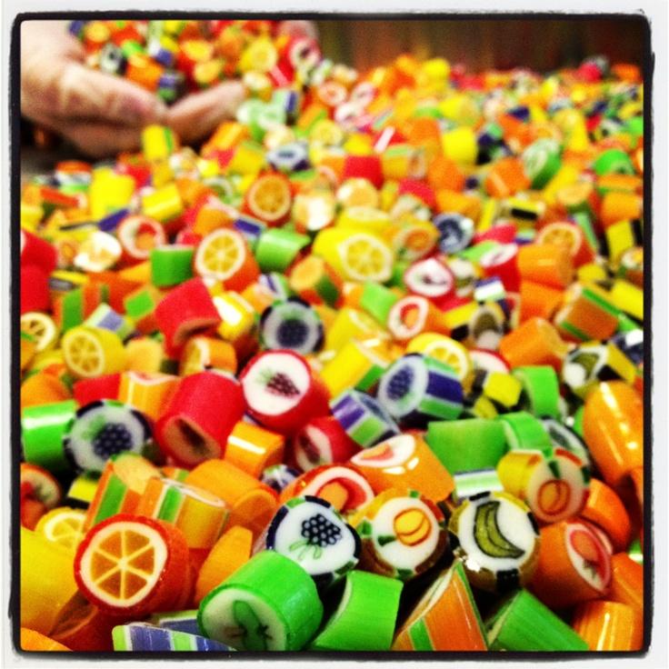 Mixed fruit candy / Karisik meyveli loli sekerleri