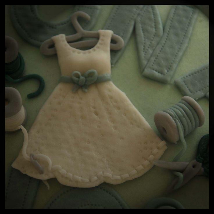 Tailor cake detail