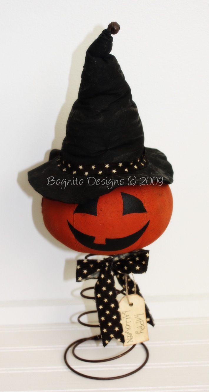 Rusty tin craft supplies - Primitive Pumpkin Witch Nodder On Rusty Bed Spring Happy Halloween