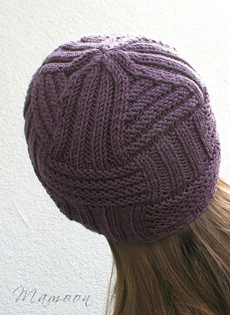 Circuitry - This one-skein project is knitted seamlessly from brim to top with magic loop technique or with dpns -pattern by Agata Smektala