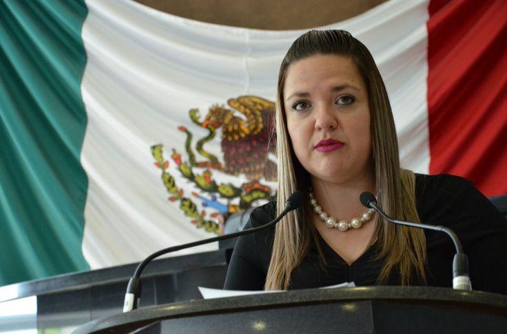 <p></p>  <p>Chihuahua, Chih.- La diputada María Antonieta Mendoza, en nombre de la Comisión Plural para Conmemorar el Centenario