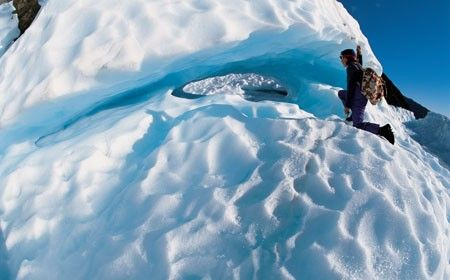 Fox Glacier and Franz Josef Glacier, New Zealand is located in one of the most scenic and unique geographical regions in the world.  http://www.wheretostaynewzealand.co.nz/fox-and-franz-josef-glacier-new-zealand/