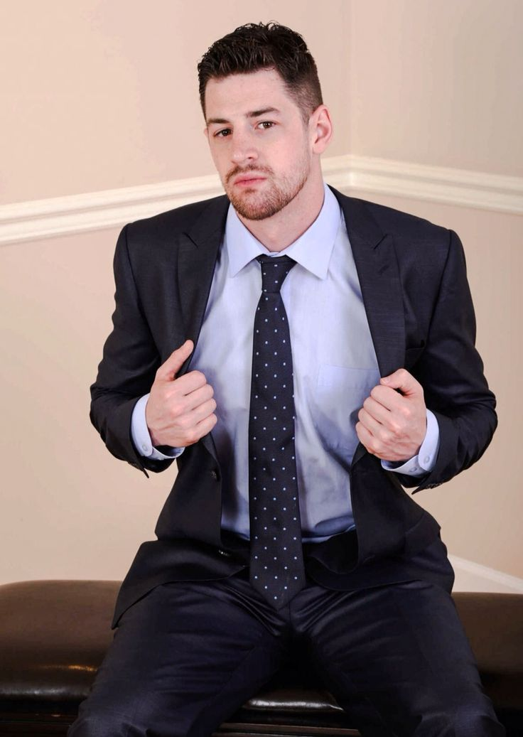 Gay male in suits caught pissing movieture 7