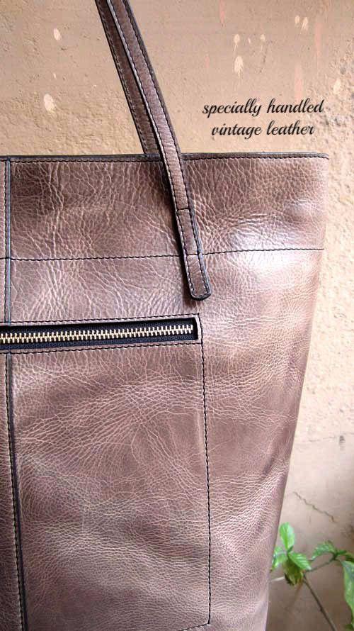 Pickle Emma, Chiaroscuro, India, Pure Leather, Handbag, Bag, Workshop Made, Leather, Bags, Handmade, Artisanal, Leather Work, Leather Workshop, Fashion, Women's Fashion, Women's Accessories, Accessories, Handcrafted, Made In India, Chiaroscuro Bags - 4