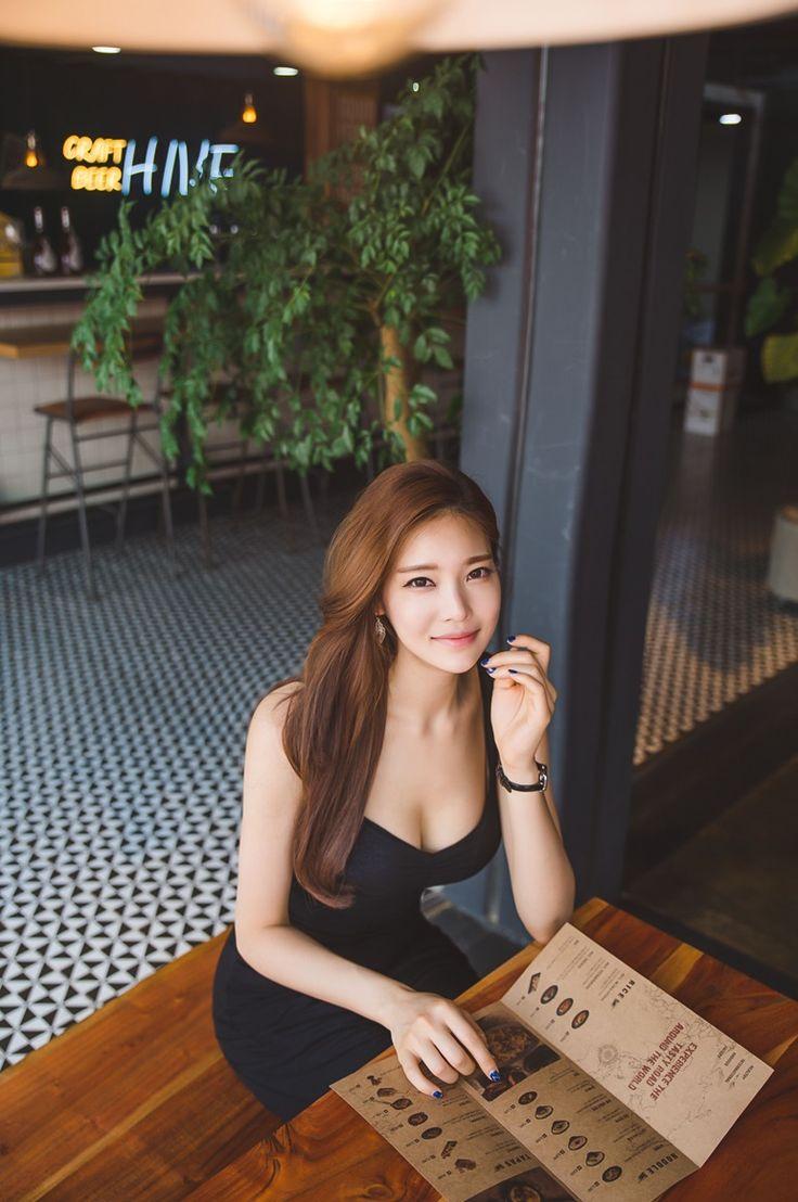 Park Jung Yoon - 17.6.2016 - Imgur