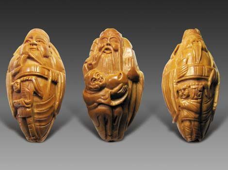 Fruit pit carving: Chine Culture, Folk Art, Chinese Culture, Mothers Earth, Peaches Pit, Fruit Pit, Pit Carvings, Food Art, Ancient Art