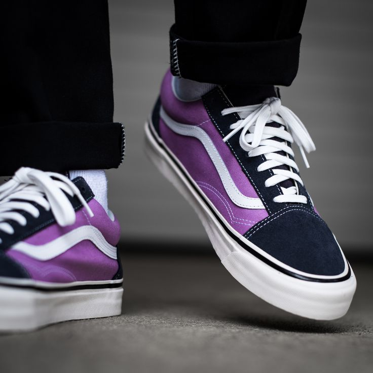 A purple colorway of the VANS UA OLD SKOOL 36 DX (ANAHEIM