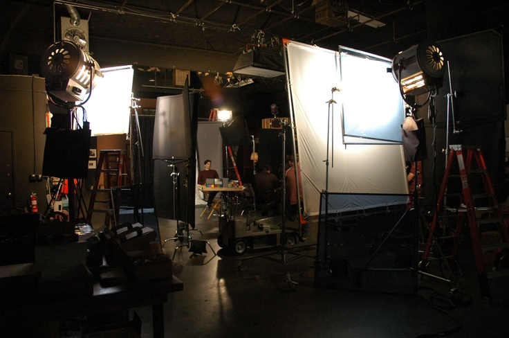 http://mole.com/mole_u/moleu.html    #filmschool #onset #filmeducation #molerichardson #molestage #moleu #larrymoleparkertechnicalinstitute #larryparker #molerichardsoncompany #lighting