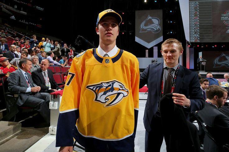 Tomáš Vomáčka se na draftu dočkal! Vzal si ho finalista Stanley Cupu z Nashvillu