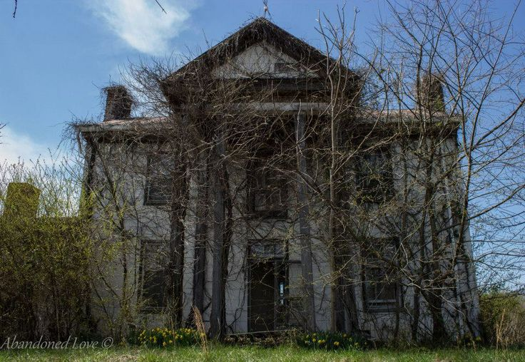 Photos blue and blue ridge mountains on pinterest for Abandoned plantations in the south for sale