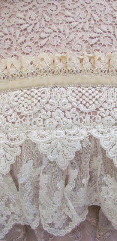lace: Dust Ruffles, Beds Skirts, Vintage Lace, Angela Lace, Beautiful Lace, Layered Lace, Lace Details, Lace Layered, Lace Encaj