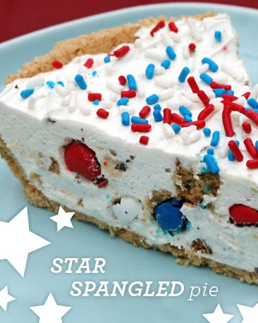 Star Spangled Pie: This pie will make the perfect 4th of July dessert!