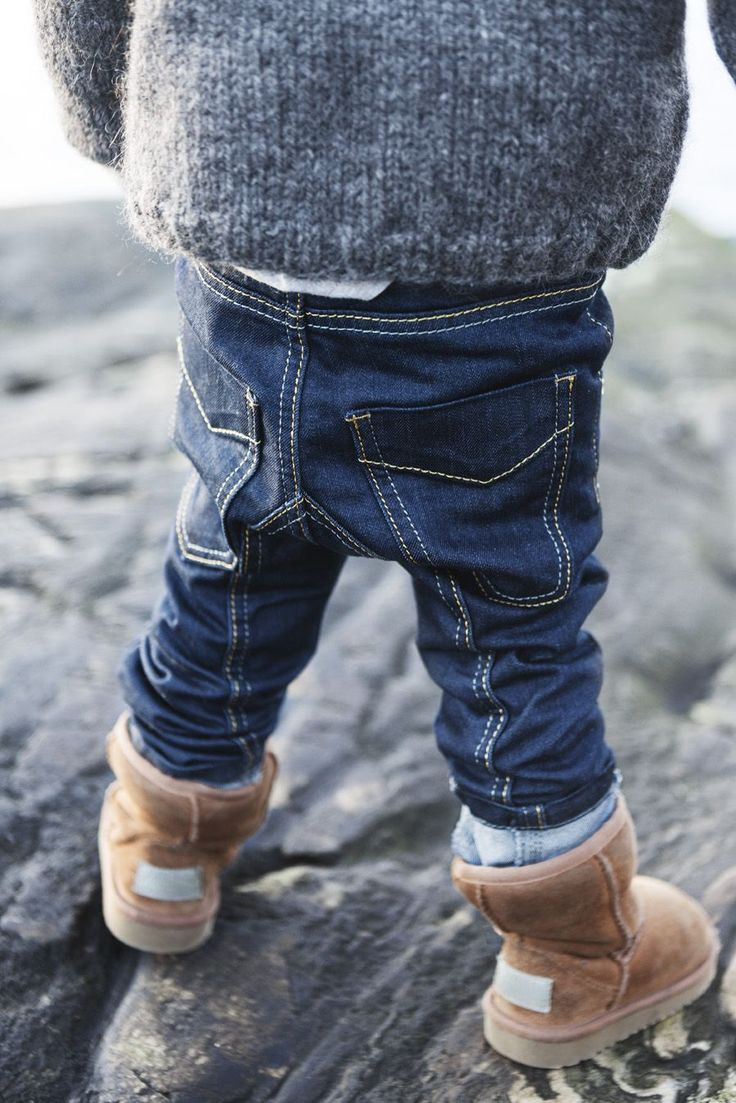 Kids are the people that look cute in uggs.