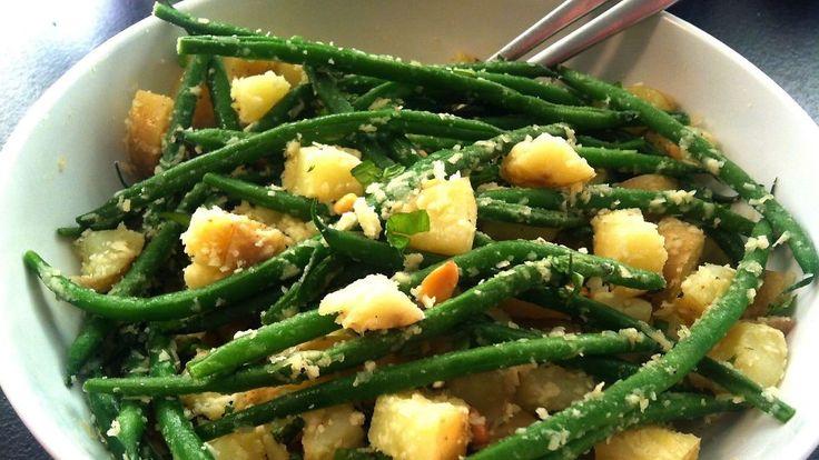 Perfekt grilltilbehør - hjemmelaget og lett potetsalat - Godt.no - Finn noe godt å spise