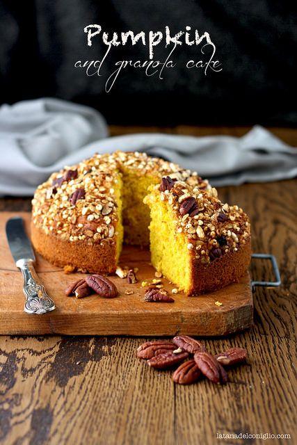 Pumpkin and granola cake by La tana del coniglio