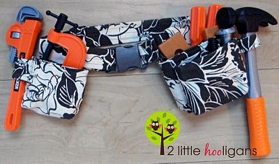 BIG BOY tool belt tutorial  http://www.2littlehooligans.com/2010/12/18/big-boy-tool-belt-tutorial/