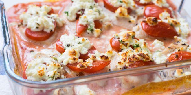 Saftige überbackene Low Carb Putenschnitzel in Tomatensauce