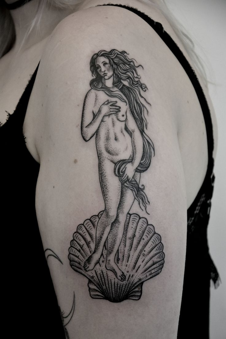 Venus by @kreska_tattoo blackwork