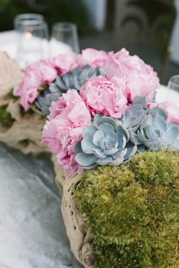 Succulent/ Flower Centerpiece  (Exactly like I was thinking)
