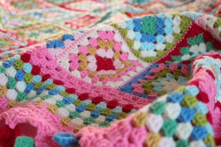 Dolly Mixture Blanket  Cherry Heart