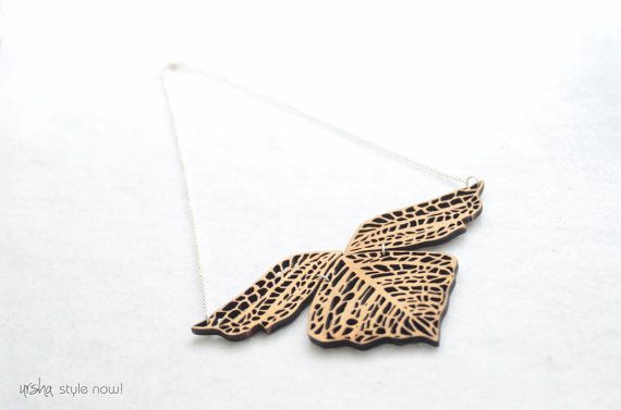 Leaf wooden necklace  BIO colleciton by ursha www.facebook.com/urshastylenow